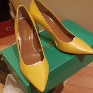 J.Renee pumps